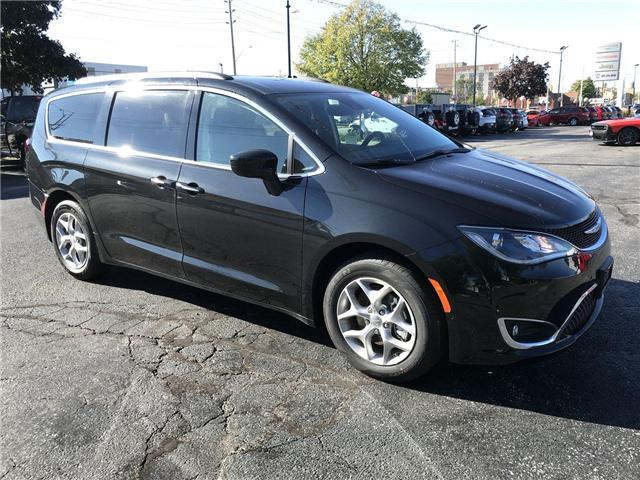 2019 Chrysler Pacifica Touring Plus (Stk: 19306) in Windsor - Image 1 of 11