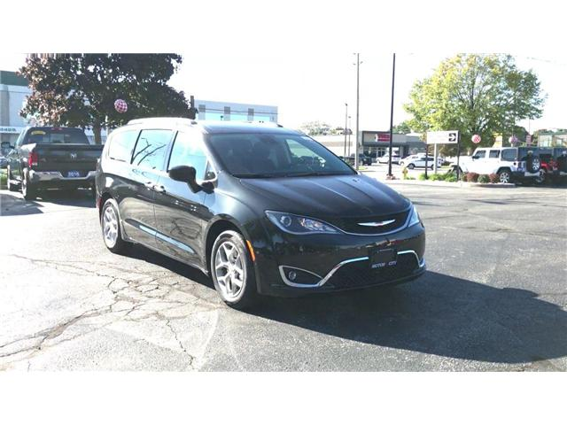 2019 Chrysler Pacifica Touring Plus (Stk: 19306) in Windsor - Image 2 of 11