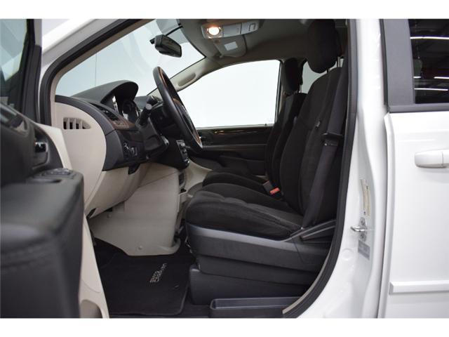 2017 Dodge Grand Caravan SXT- BACKUP CAM * HANDSFREE * DVD (Stk: B2583) in Cornwall - Image 2 of 30