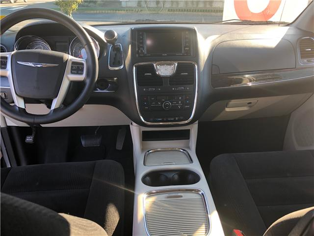 2014 Chrysler Town & Country Touring (Stk: P0019) in Duncan - Image 7 of 8