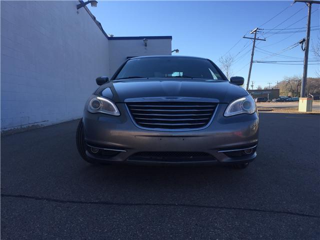 2013 Chrysler 200 Touring (Stk: D992B) in Regina - Image 2 of 20