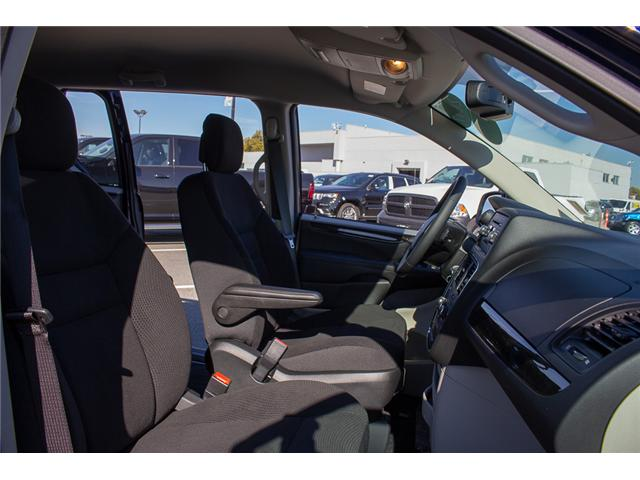 2017 Dodge Grand Caravan CVP/SXT (Stk: H876114NEW) in Surrey - Image 16 of 23