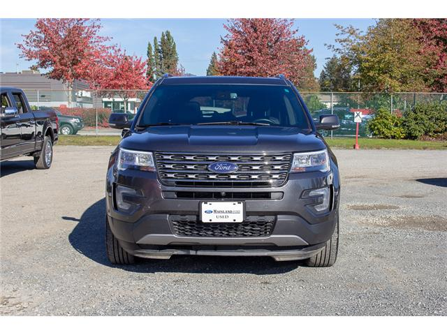 2017 Ford Explorer Limited (Stk: P5619) in Surrey - Image 2 of 27