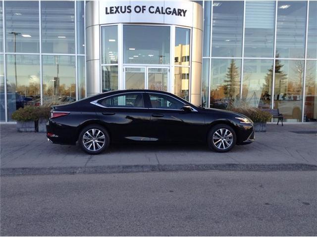 2019 Lexus ES 350 Premium (Stk: 190092) in Calgary - Image 1 of 11