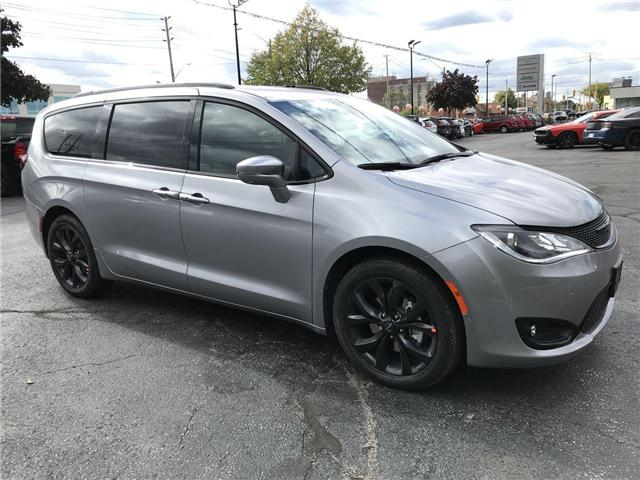 2019 Chrysler Pacifica Limited (Stk: 19326) in Windsor - Image 1 of 11