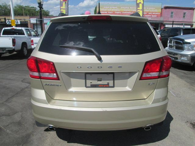 2011 Dodge Journey SXT (Stk: bp413) in Saskatoon - Image 4 of 17