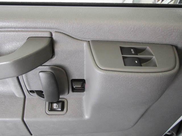 2018 Chevrolet Express 2500 Work Van (Stk: 9-6001-0) in Burnaby - Image 21 of 22