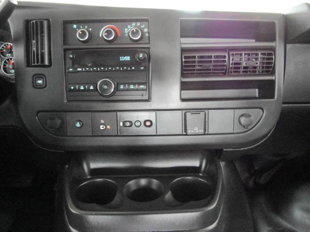 2018 Chevrolet Express 2500 Work Van (Stk: 9-6001-0) in Burnaby - Image 8 of 22