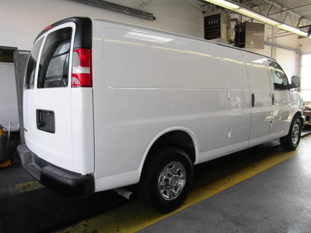 2018 Chevrolet Express 2500 Work Van (Stk: 9-6001-0) in Burnaby - Image 3 of 22