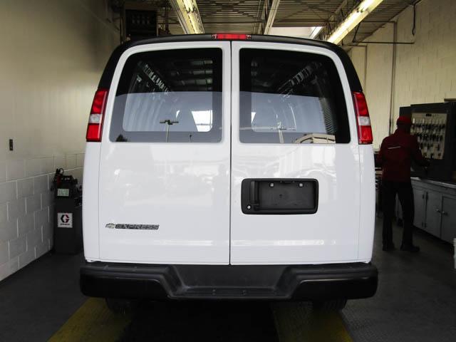 2018 Chevrolet Express 2500 Work Van (Stk: 9-6002-0) in Burnaby - Image 13 of 23