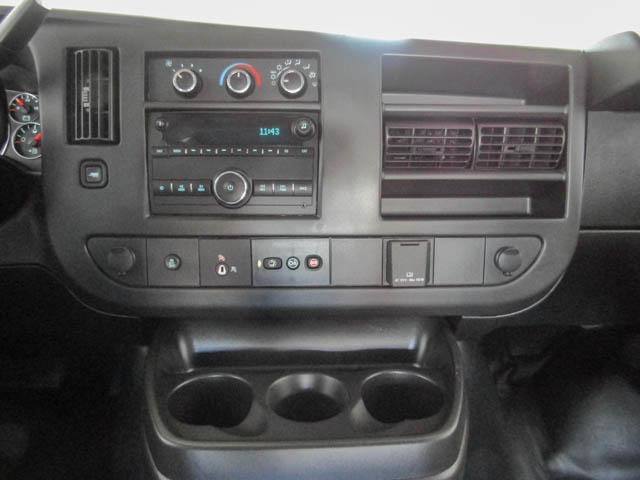 2018 Chevrolet Express 2500 Work Van (Stk: 9-6002-0) in Burnaby - Image 8 of 23