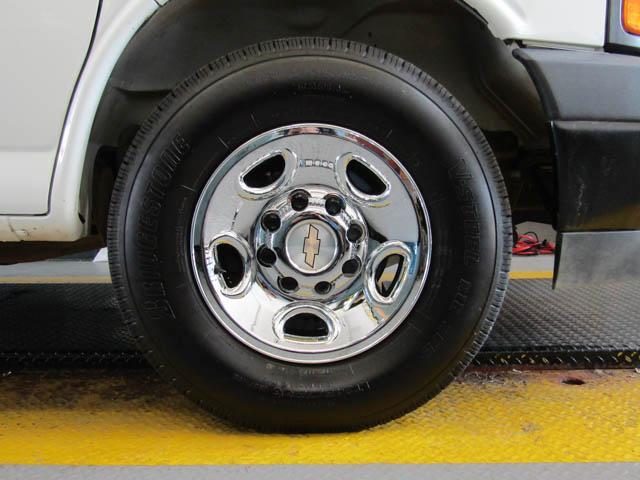 2018 Chevrolet Express 2500 Work Van (Stk: 9-6002-0) in Burnaby - Image 16 of 23