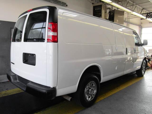 2018 Chevrolet Express 2500 Work Van (Stk: 9-6002-0) in Burnaby - Image 3 of 23