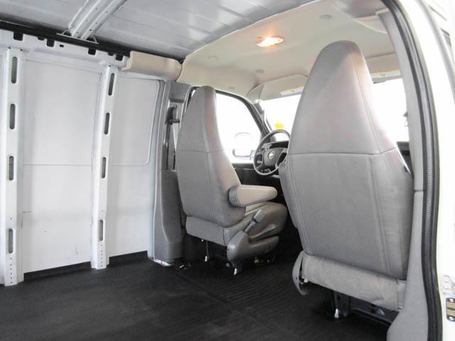 2018 Chevrolet Express 2500 Work Van (Stk: 9-6002-0) in Burnaby - Image 19 of 23