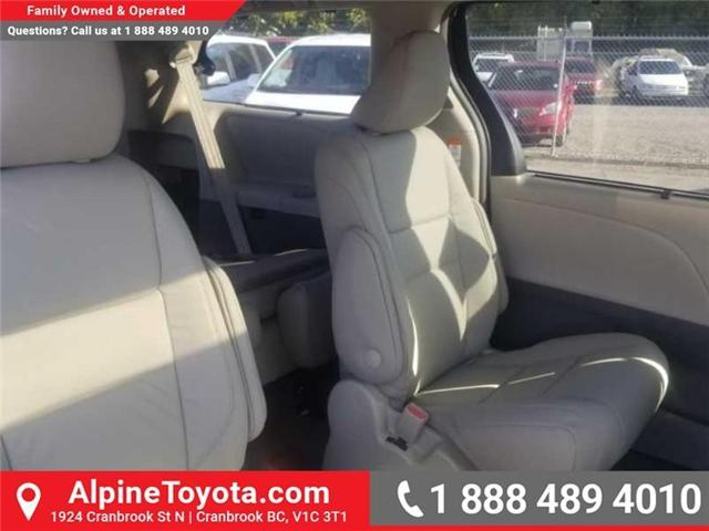 2019 Toyota Sienna XLE 7-Passenger (Stk: S210073) in Cranbrook - Image 12 of 16