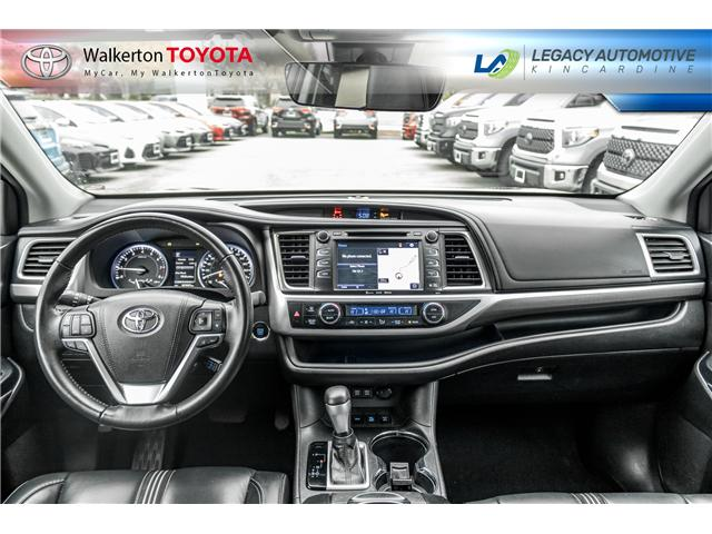 2017 Toyota Highlander XLE (Stk: P8178) in Kincardine - Image 13 of 26