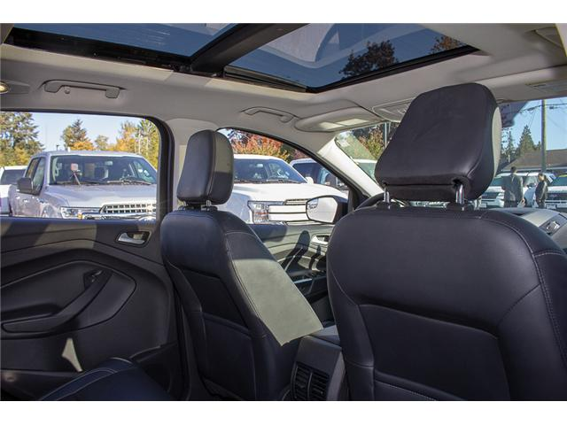 2018 Ford Escape SEL (Stk: P6137) in Surrey - Image 16 of 27