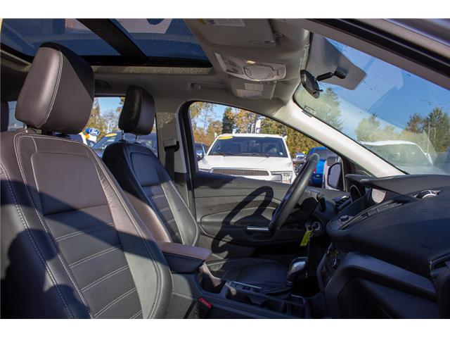 2018 Ford Escape SEL (Stk: P7712) in Surrey - Image 17 of 27
