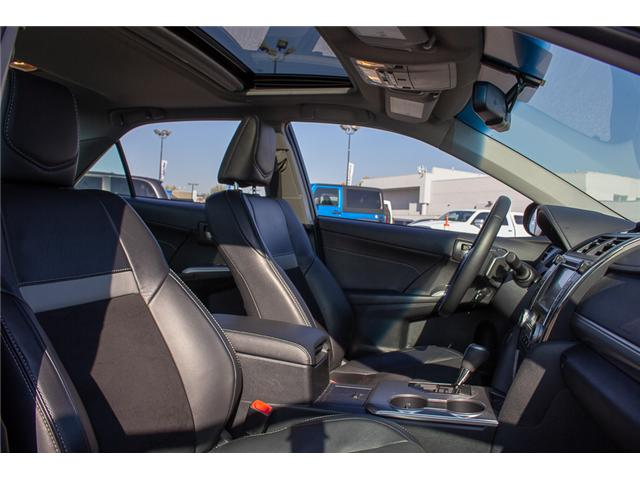 2014 Toyota Camry SE (Stk: EE898790) in Surrey - Image 14 of 23