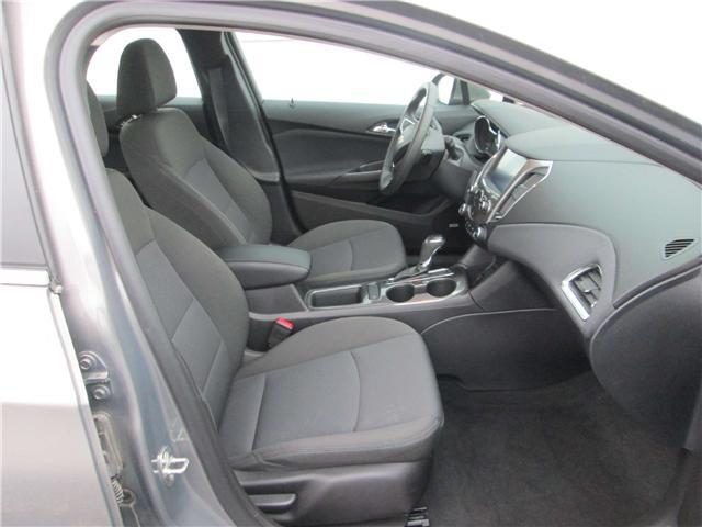 2018 Chevrolet Cruze LT Auto (Stk: 181577) in Richmond - Image 10 of 14