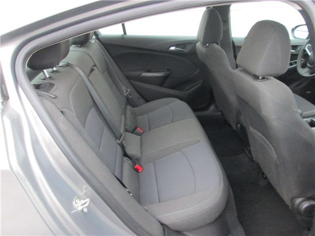 2018 Chevrolet Cruze LT Auto (Stk: 181577) in Richmond - Image 11 of 14