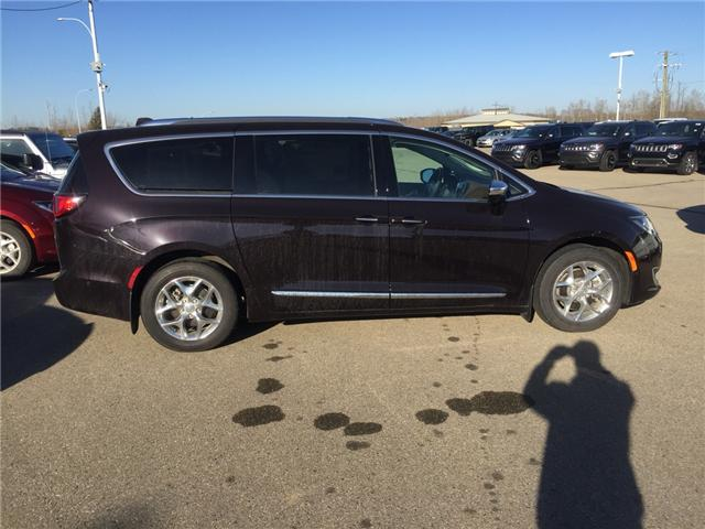 2017 Chrysler Pacifica Limited (Stk: PW0241) in Devon - Image 2 of 15