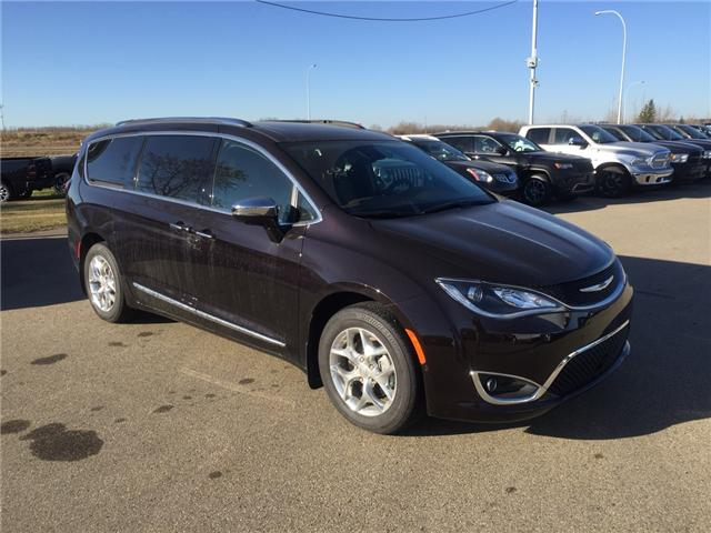 2017 Chrysler Pacifica Limited (Stk: PW0241) in Devon - Image 1 of 15