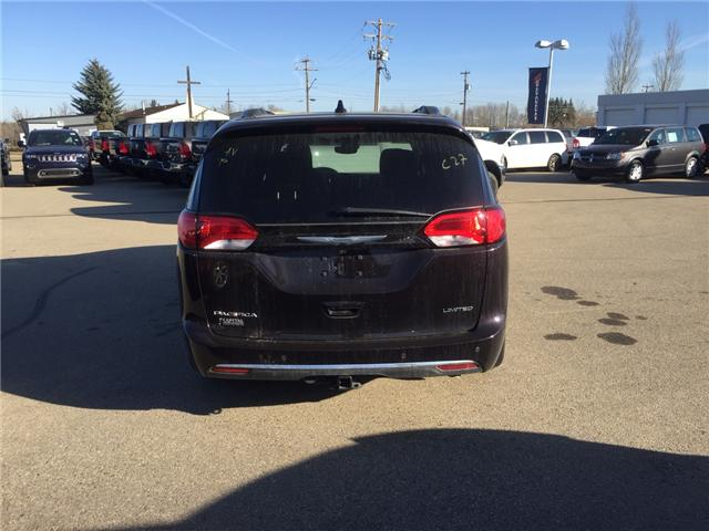 2017 Chrysler Pacifica Limited (Stk: PW0241) in Devon - Image 6 of 15