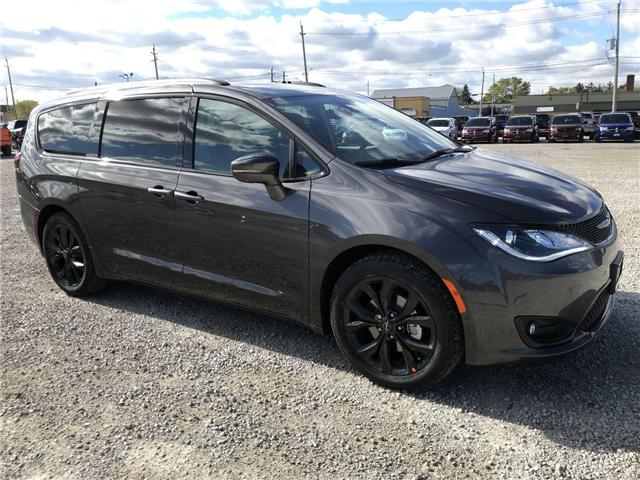 2019 Chrysler Pacifica Limited (Stk: 19327) in Windsor - Image 1 of 11