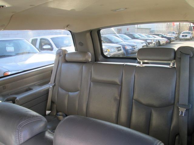 2006 GMC Yukon XL 1500 SLT (Stk: bp490) in Edmonton - Image 10 of 20