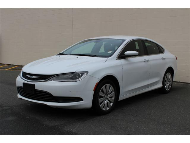 2015 Chrysler 200 LX (Stk: G517682A) in Courtenay - Image 2 of 26