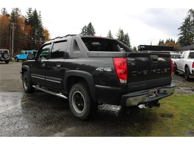 2005 Chevrolet Avalanche 1500 LS (Stk: S104668B) in Courtenay - Image 6 of 11
