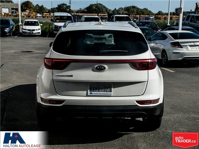 2017 Kia Sportage LX (Stk: 310122) in Burlington - Image 5 of 15