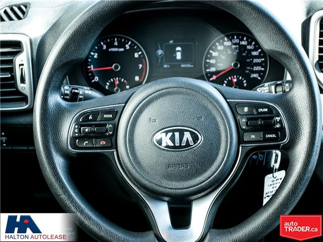 2017 Kia Sportage LX (Stk: 310122) in Burlington - Image 11 of 15