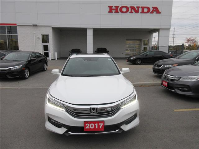 2017 Honda Accord Touring (Stk: 26024L) in Ottawa - Image 2 of 10