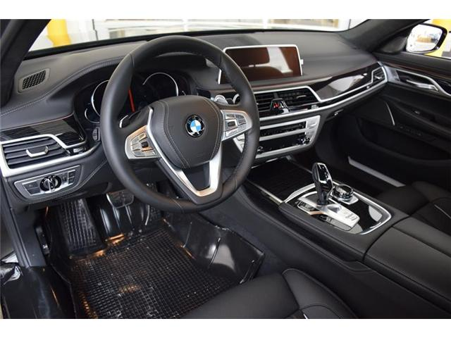 2019 BMW 750 Li xDrive (Stk: 9239909) in Brampton - Image 7 of 12