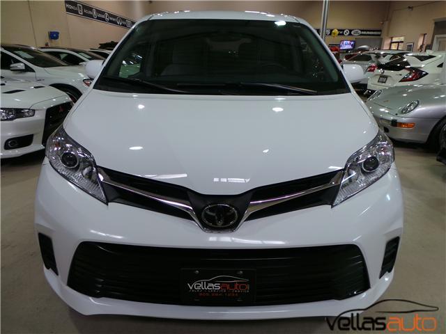 2018 Toyota Sienna  (Stk: NP3054) in Vaughan - Image 2 of 27