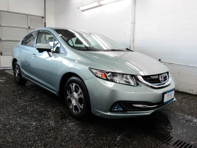 2015 Honda Civic Hybrid Base (Stk: V8-68601) in Burnaby - Image 2 of 23