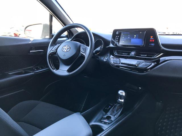 2018 Toyota C-HR XLE (Stk: 8K40711) in North Vancouver - Image 4 of 28