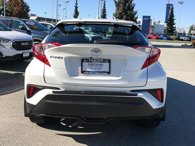 2018 Toyota C-HR XLE (Stk: 8K40711) in North Vancouver - Image 12 of 28
