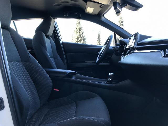 2018 Toyota C-HR XLE (Stk: 8K40711) in North Vancouver - Image 10 of 28