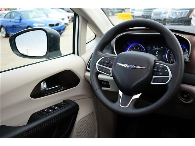 2017 Chrysler Pacifica LX (Stk: P35709) in Saskatoon - Image 8 of 29