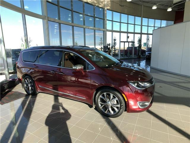 2017 Chrysler Pacifica Limited (Stk: 2801712A) in Calgary - Image 1 of 17