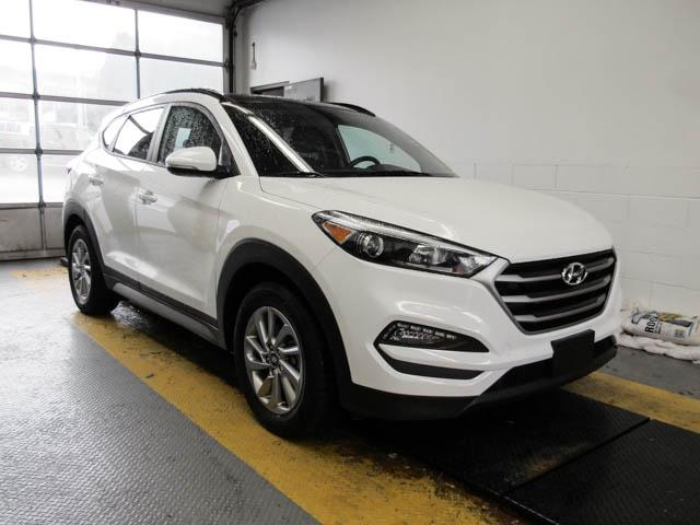 2018 Hyundai Tucson SE 2.0L (Stk: 9-6009-0) in Burnaby - Image 2 of 24