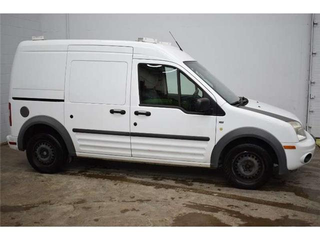 2012 Ford Transit Connect XLT- A/C * CRUISE * POWER OUTLETS (Stk: B2608A) in Cornwall - Image 1 of 30