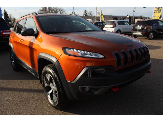 2015 Jeep Cherokee Trailhawk (Stk: 199385) in Brooks - Image 1 of 20