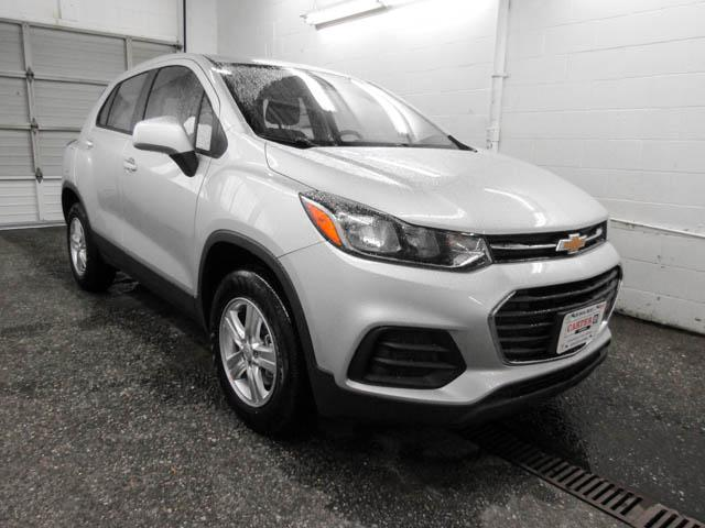 2019 Chevrolet Trax LS (Stk: T9-38180) in Burnaby - Image 2 of 12