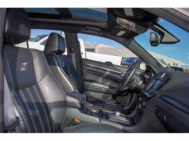 2015 Chrysler 300 S (Stk: EE890000) in Surrey - Image 14 of 23