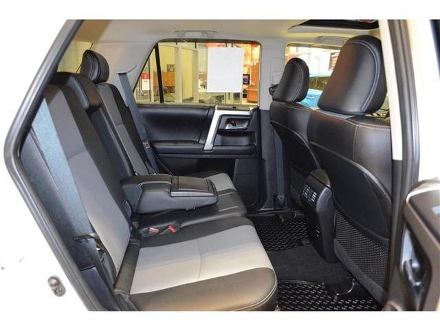 2016 Toyota 4Runner SR5 (Stk: 354634) in Milton - Image 27 of 35