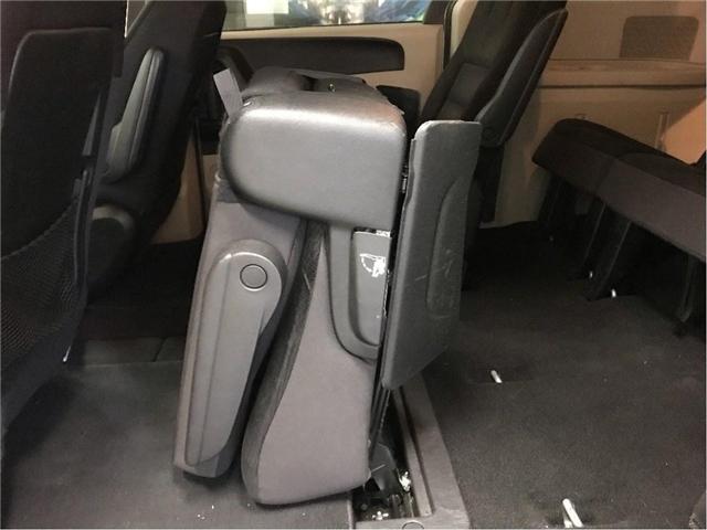 2017 Dodge Grand Caravan CVP/SXT (Stk: 769074) in NORTH BAY - Image 16 of 30